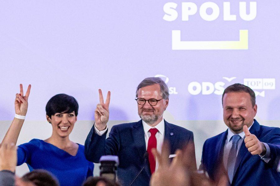 Nová česká vláda môže mať podobné problémy ako slovenská